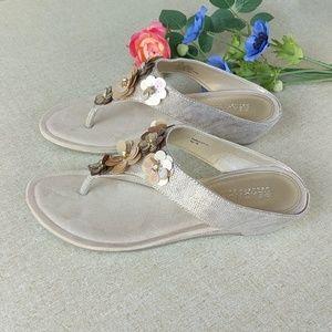 Kenneth Cole 7.5 Wedge Sandals Bling Tan Flip Flop